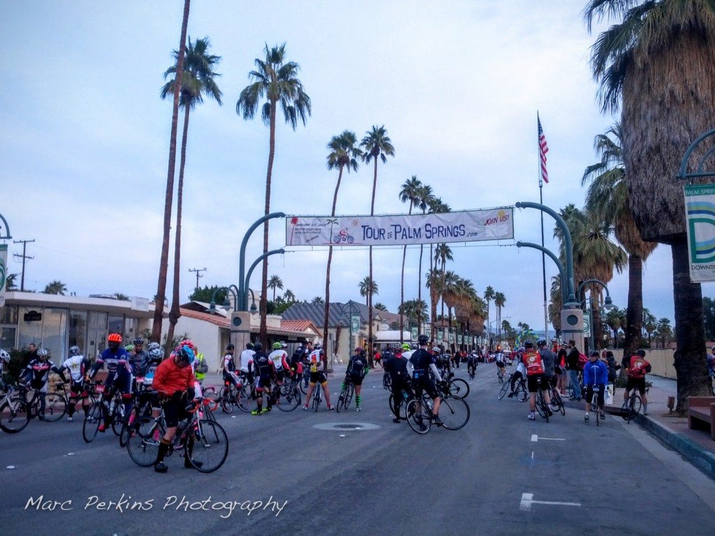 "The ""crowd"" at the 7:00am ""leisurely rider"" start for the Tour de Palm Springs century."