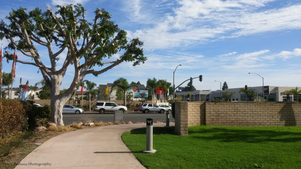 Harbor Blvd. entrance to the Tanager Drive Trail